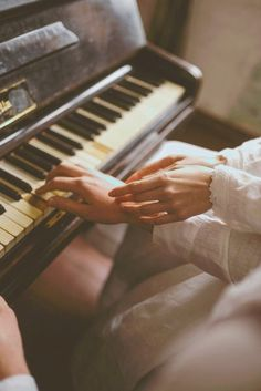 Together… Linen Wedding Capsule. Music Aesthetic, Aesthetic Images, Aesthetic Vintage, Piano Photography, Nostalgia Photography, My Academia, Spirit Fanfics, Hopeless Romantic, Story Inspiration