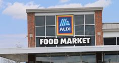 22 Secrets You Need To Know Before Shopping Aldi: Seriously My Favorite Place To Shop Right Now! Best Vegan Chili, Aldi Recipes, Need To Know, The Secret, Marketing, Don't Forget, Places, Shopping, Rolls Recipe