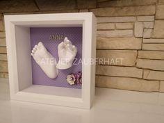 3D-Hand-und Fußabdruck, gestaltet in einem hochwertigen tiefen Objektrahmen 💕 3d, Frame, Home Decor, Picture Frame, Decoration Home, Room Decor, Frames, Home Interior Design, Home Decoration