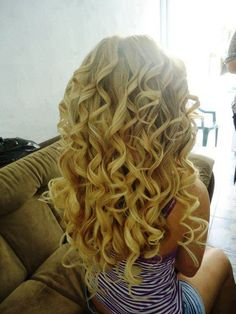 curly hair is so much fun and way pretty