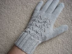 Ravelry: 86-5 a - Gloves in Alpaca pattern by DROPS design free