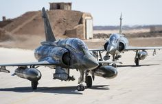Photo: (c) Staff of the Armed Forces - Two French Armée de l'Air Dassault Mirage taxiing in Jordan. Part of the French detachment to Jordan for Operation Chammal, as French call strikes against Islamic State. Navy Military, Military Jets, Military Aircraft, Top Gun, Ghost Rider, Jet Fight, Modern Fighter Jets, Dassault Aviation, Etat Major