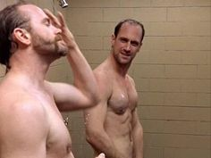 """Christopher Meloni Says Guys Hit On Him In Gym Showers Because Of His """"Perfect Butt""""   Instinct"""