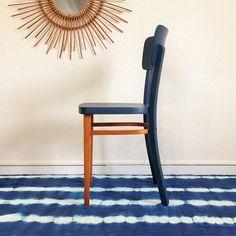 Chaise bistrot Thonet en bois vintage rénové