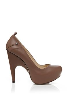 MUST HAVE SIMPLY MUST!! CNC COSTUME NATIONAL Solid Platform Pump