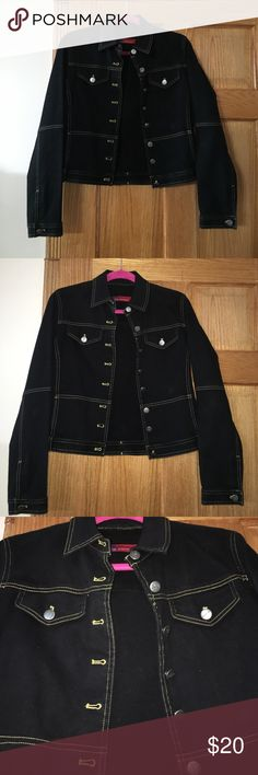 Lightly used denim jacket by Womyn Beautiful denim jacket for the upcoming Spring/summer seasons. Only worn a couple of times and got so many compliments. Basically brand new!!! Size 6 which fits small-medium womyn Jackets & Coats Jean Jackets