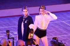 Gigi Hadid Photos - Tommy Hilfiger Women's - Backstage - Fall 2016 New York Fashion Week: The Shows - Zimbio