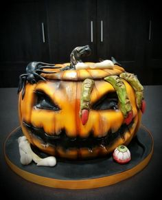 """Idea For """"P's Baking Championship! (Halloween)"""" Notes: Make it a vampire pumpkin instead of just a pumpkin! Halloween Desserts, Scary Cakes, Bolo Halloween, Scary Halloween Pumpkins, Halloween Food For Party, Halloween Tricks, Pumpkin Birthday Cakes, Pumkin Cake, Halloween Birthday Cakes"""