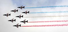 Le Salon du Bourget 2015. Undisputed star of the Paris Air Show, the Patrouille de France on June 15 offered a choreography set to the millimeter and punctuated by the famous releases of blue, white and red smoke his Alphajets.