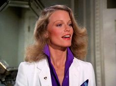 Shelley Hack on Charlie's Angels 76-81 - http://ift.tt/2pT6Wji