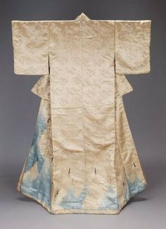 Kosode, Edo Period. Oh my god this is gorgeous.