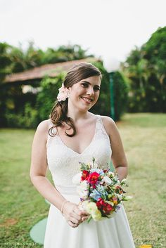 Tulle - Acessórios para noivas e festa. Arranjos, Casquetes, Tiara | ♥ Luciana Marinho