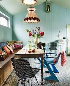 .Lovely colours and bench seating