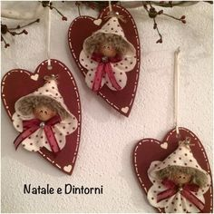 Natale (air dry clay for faces)Cute ornaments for valentines day or you could dress them in green for a lovely Christmas tree ornament.Would be nice as Christmas tree ornaments with their outfits done in green. Handmade Christmas Decorations, Handmade Ornaments, Felt Ornaments, Xmas Decorations, Angel Ornaments, Christmas Angels, Holiday Ornaments, Christmas Tree Ornaments, Christmas Fun