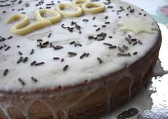 Great recipe for Vasilopita. Vasilopita is a cake we make in Greece for New Year's. We put a coin inside and whoever gets the coin will be lucky for the whole year! Recipe by Sitronella Greek Desserts, Greek Recipes, Xmas Food, Christmas Cooking, Vasilopita Cake, Greek Christmas, Christmas Cakes, Christmas Time, Greek Cake