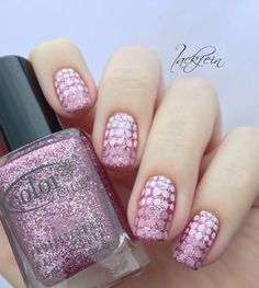lackfein: Dotted Candy Cane