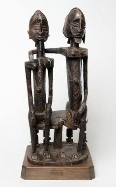 Seated Couple by the Dogon Peoples at the Barnes Foundation in Philadelphia