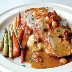 Pork Tenderloin Roast with Apple, Onion and Garlic Gravy