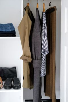 Wardrobe Transition - Winter to Spring  Check out my simple tips on how to easily transition your wardrobe and still feel like you have a lot of options, no matter what mother nature is doing.