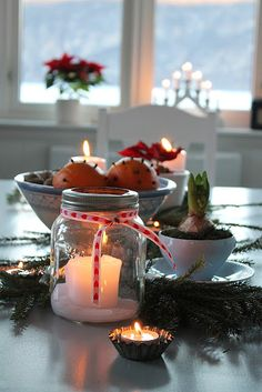 Huset ved fjorden. To me, easy and nice candle idea.