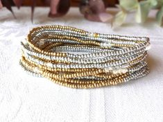 Pony Beads 4 mm taille 6//0 Gold Silver Lined Indien Perles 10 G Verre
