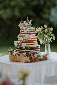 Festival Themed Shabby Chic Wedding with Hay Bales: Kate & Ben Rustic Boho Wedding, Chic Wedding, Our Wedding, Wedding Gowns, Shabby Chic Homes, Shabby Chic Decor, Wedding Themes, Wedding Cakes, Wedding Ideas