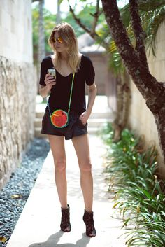 #StreetStyle boo yah Camille! hot to trot in Bali. werk. #CamilleCharriere #CamilleOverTheRainbow
