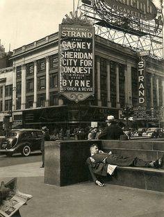 MN 1940/'s CROSBY MINNESOTA MAIN STREET PHOTO MOVIE THEATER-NEON SIGNS AMERICANA