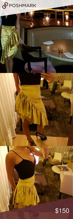 Milly 2018 skirt Gorgeous crushed velvet in a gold yellow. Sold out in saks..neiman...etc... high waist with a side slip pencil skirt with gorgeous ruffle on one side. Super elegant and sexy.  Worn 1 time In perfect condition Milly Skirts Mini