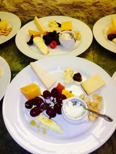 Plated cheese tasting