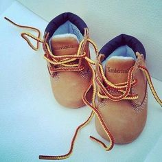 Husband will probably put our son in these baby Timberlands. Baby Timberlands, Baby Boy Shoes, Baby Boy Outfits, Infant Boy Shoes, Cute Baby Shoes, Toddler Outfits, Baby Boy Fashion, Kids Fashion, Fashion Shoes