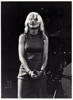 Blondie: Debbie Harry at the Odeon, by David Miller 1978 Music Film, Art Music, David Miller, Blondie Debbie Harry, She Wolf, Punk Art, Music Stuff, Rock And Roll, My Girl