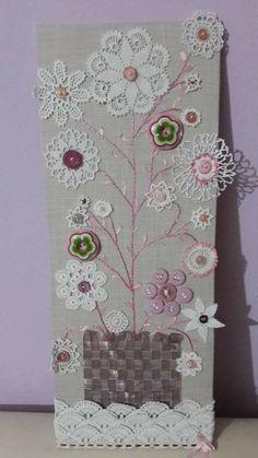 Doilies Crafts, Crochet Doilies, Crochet Flowers, Fabric Art, Fabric Crafts, Sewing Crafts, Paper Crafts, Button Art, Button Crafts