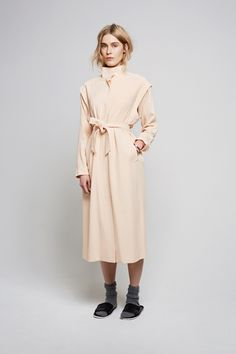 I do not need another tench coat. Not even one with detachable arms. / Weekday Collection.