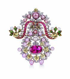 Tiffany & Co. brooch with platinum, gold, pearls, diamonds, demantoid garnets and sapphires c. 1893-5