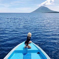 Island hopping with @hongihongihongi.  #unepiece #unepiecewomen #originalsexierashie⠀