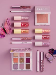 Stormi Collection Kylie Cosmetics 2020 launch is finally available for purchase . - Stormi Collection Kylie Cosmetics 2020 launch is finally available for purchase with the entire bun - Kylie Jenner Lipstick, Kylie Makeup, Nyx Cosmetics, Dupes Nyx, Buy Makeup Online, Buy Cosmetics Online, Estilo Jenner, Estilo Kardashian, Mac Brave