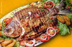 Peixe grelhado (pacú), prato típico de Manaus