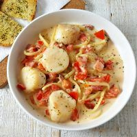 Cheesy Garlic Bacon Scallops and Linguine Recipe - serves 2
