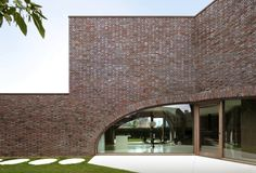 Zeichenhafte Villa in Belgien von Dieter de Vos / Drei Bögen - Architektur und Architekten - News / Meldungen / Nachrichten - BauNetz.de