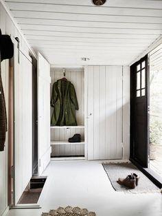 Wood panelled hallwa