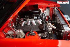 Ford -falcon -xa -engine -bay -2