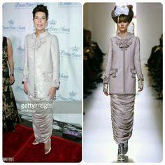 Esse é exótico, uma mistura do casaco Chanel com os famosos drapeados dos anos vinte.