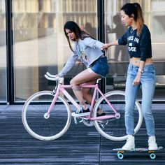 """""""Let's take a ride with us on #Dosnoventa 's bike & #Globe 's cruiser ✌️we #Liveinlevis More on her blog 
