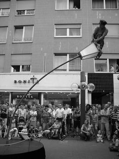 The swinging pole