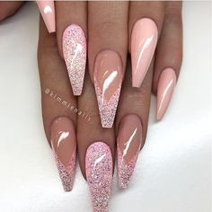 Mismatched nail art design - coffin #nails #nailscoffin #coffinnails