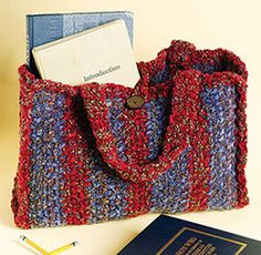 Trendy Tweed Tote, part of Crochet World's FREE Pattern of the Month. Get the download here: http://www.crochet-world.com/monthly_project.php?series_id=4&source=fcebkcw