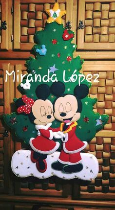 Christmas Crafts, Christmas Decorations, Christmas Ornaments, Holiday Decor, Disney Baby Nurseries, Mikey Mouse, Felt Banner, Disney Jewelry, Baby Disney