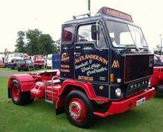 Classic Trucks, Classic Cars, Old Wagons, Volvo Trucks, Vintage Trucks, Cool Trucks, Buses, Cars And Motorcycles, Tractors