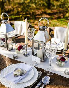Silver and Glass Wedding Decorations – Laid Back Elegance – SHOP THIS LOOK www.theweddingofmydreams.co.uk #wedding #weddingideas #weddingdecor